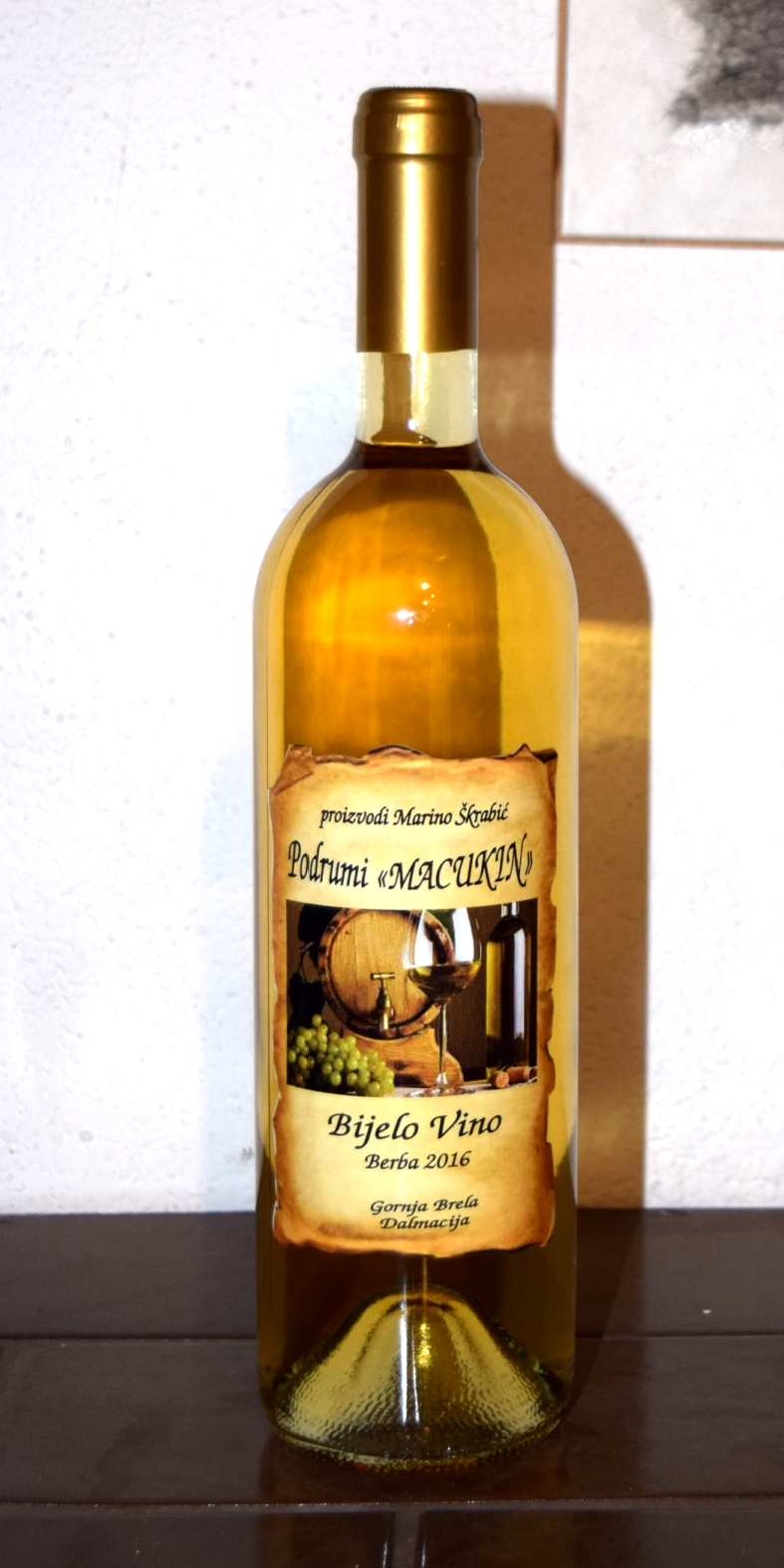 WHITE TABLE WINE – Macukin Cellars Winery